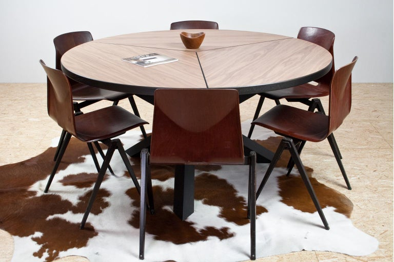 Contemporary Large Brutalist Round Walnut Dining Table Tripod in Style of Dutch Modernisme For Sale