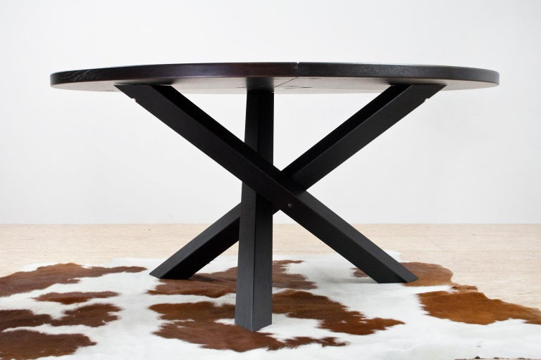 Large Brutalist Round Walnut Dining Table Tripod in Style of Dutch Modernisme For Sale 3
