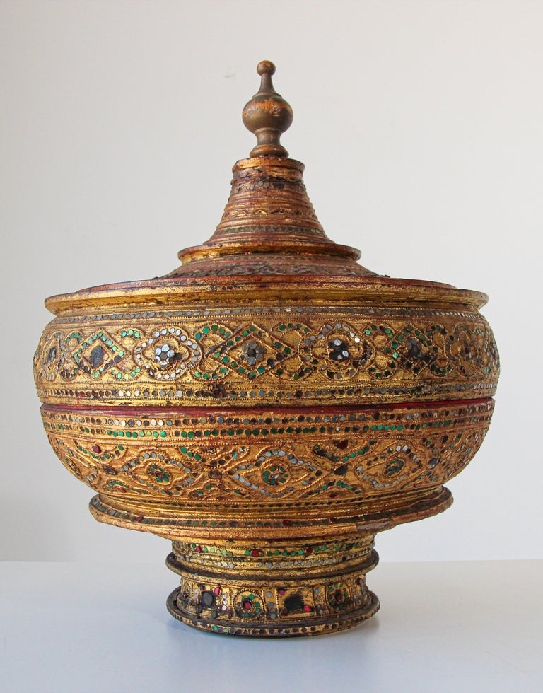 Folk Art Large Burmese Gilt and Lacquered Wood Temple Offering Basket For Sale