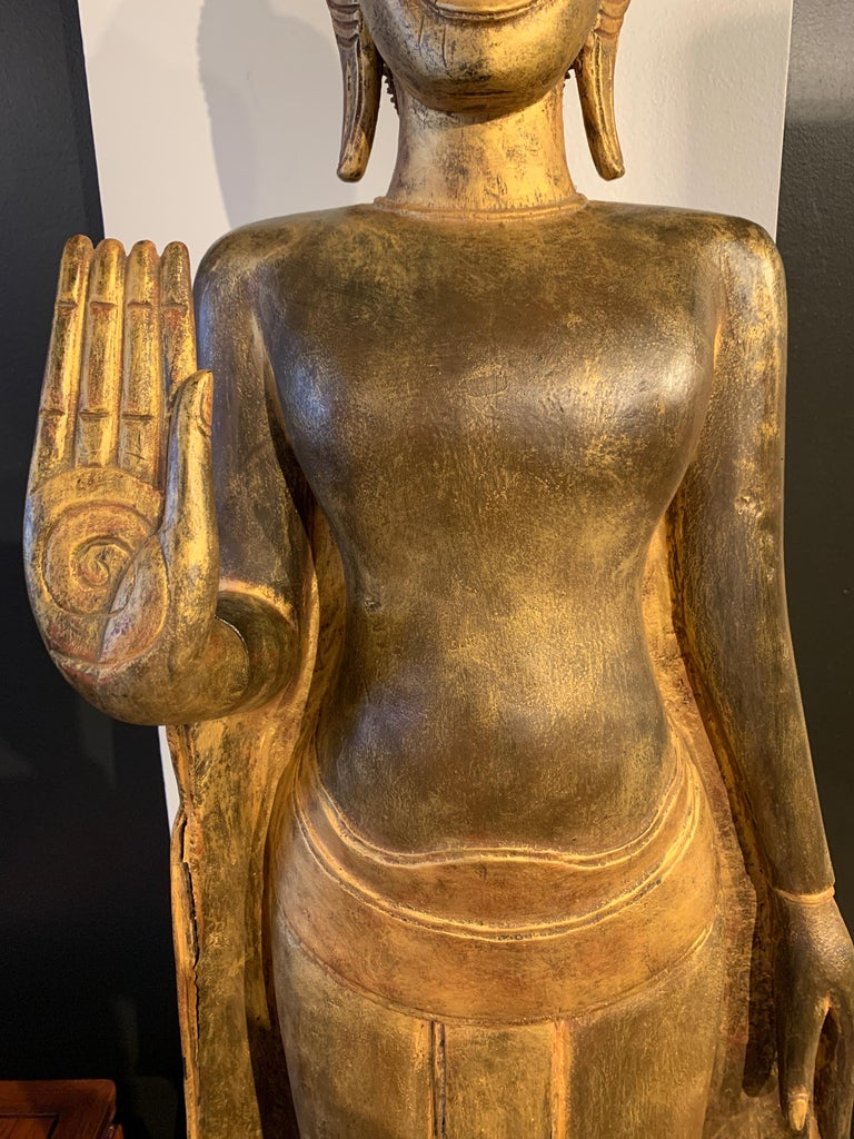 Large Carved Gilt Teak Standing Buddha, Northern Thailand, Early 20th Century For Sale 7