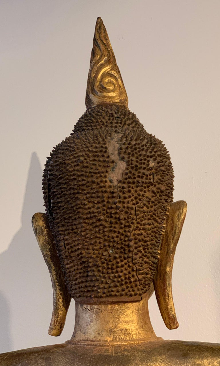 Large Carved Gilt Teak Standing Buddha, Northern Thailand, Early 20th Century For Sale 16