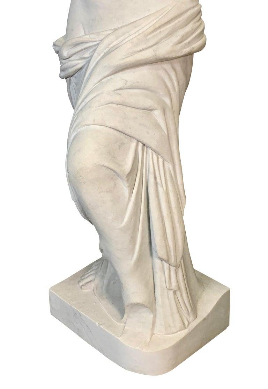 Large Carved Marble Figure of Venus De Milo For Sale 1