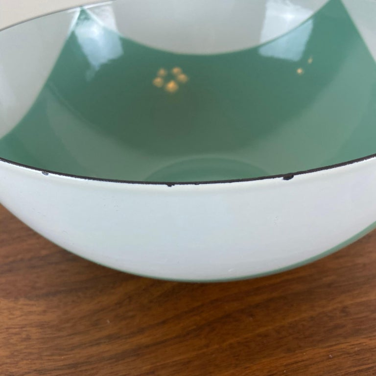 Large Catherineholm Flag Bowl, Seafoam Green Enamel In Good Condition For Sale In Raleigh, NC