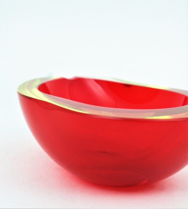 Large Cenedese Murano Red Sommerso Glass Geode Bowl Ashtray, Signed For Sale 7