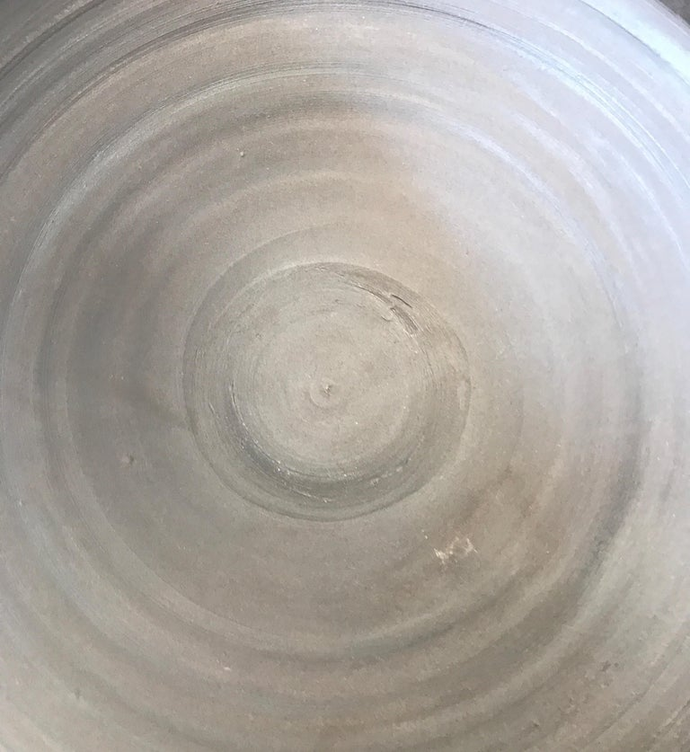 Large Ceramic Black Matte Midcentury Bowl In Good Condition For Sale In Chicago, IL