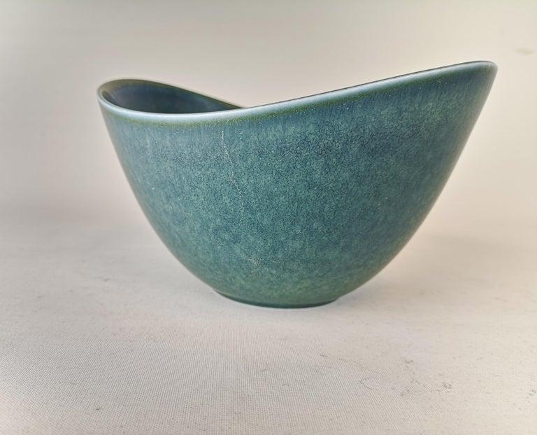 Mid-20th Century Large Ceramic Bowl Rörstrand Gunnar Nylund, Sweden, 1950s For Sale