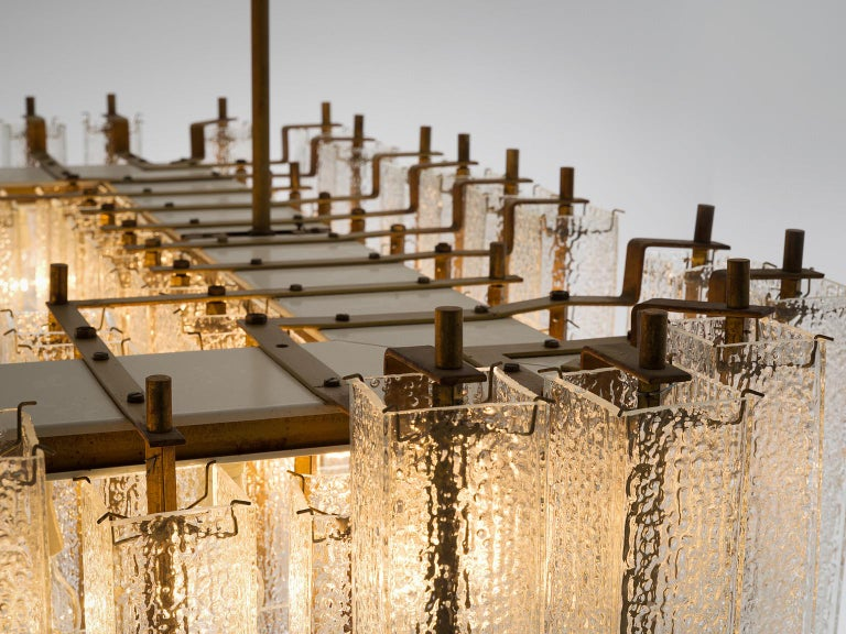 Large Chandelier in Structured Glass and Brass For Sale 2