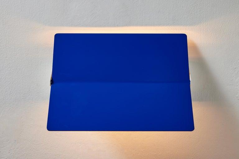 Mid-Century Modern Large Charlotte Perriand 'Applique À Volet Pivotant Plié' Wall Light in Blue For Sale