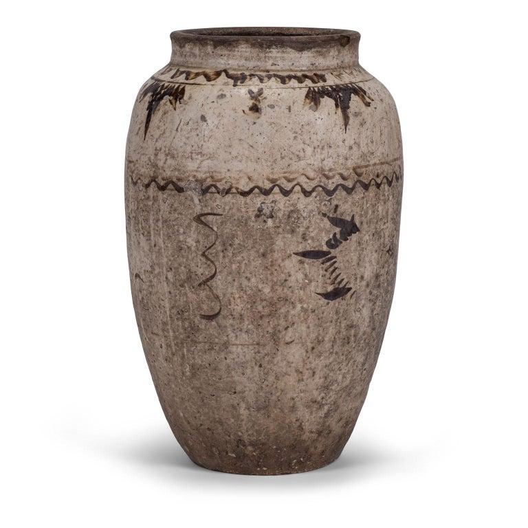 Large Chinese Cizhou Stoneware Wine Jar For Sale 2