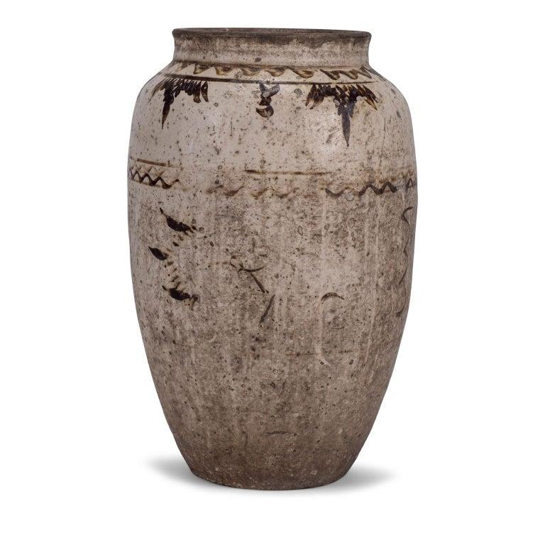 Large Chinese Cizhou Stoneware Wine Jar For Sale 3