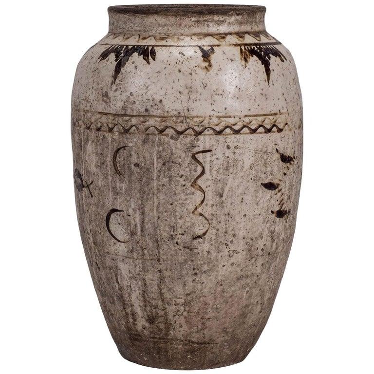 Large Chinese Cizhou Stoneware Wine Jar For Sale 5