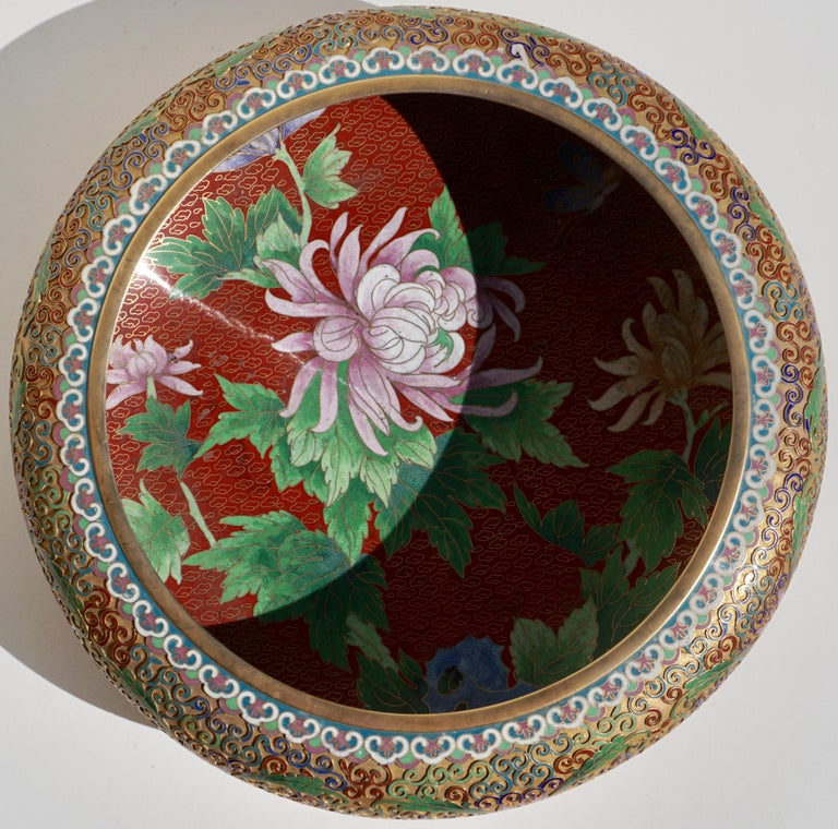 Large Chinese Cloisonné Champlevé Floral Bowl In Excellent Condition For Sale In Dallas, TX