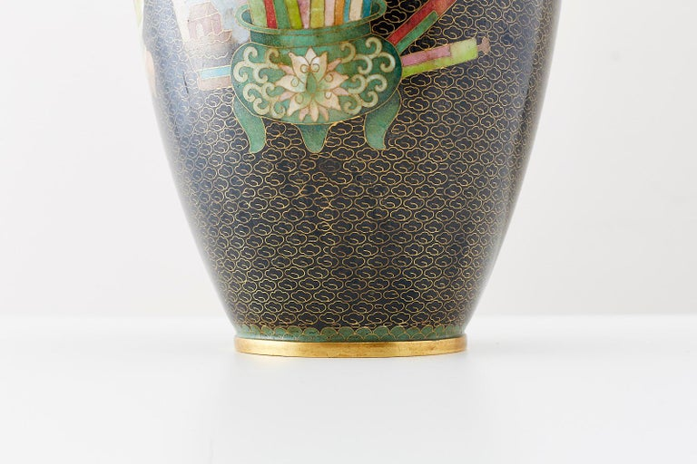 Large Chinese Cloisonné Vase with Floral Decoration For Sale 5