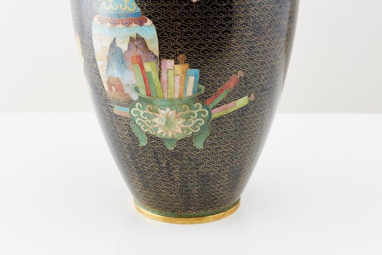 Large Chinese Cloisonné Vase with Floral Decoration For Sale 1