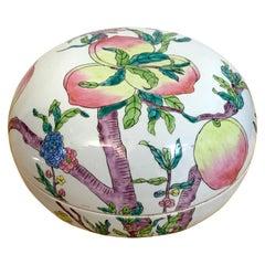Large Chinese Export Famille Verte Peach Motif Box, Republic Period