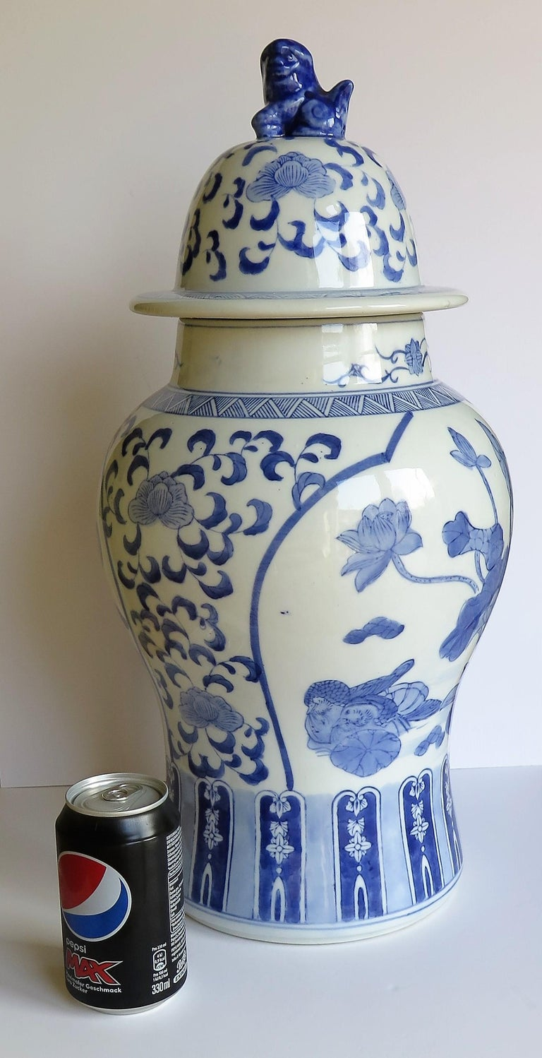 Hand-Painted Large Chinese Lidded Vase Blue and White Porcelain Hand Painted Mid-20th Century For Sale