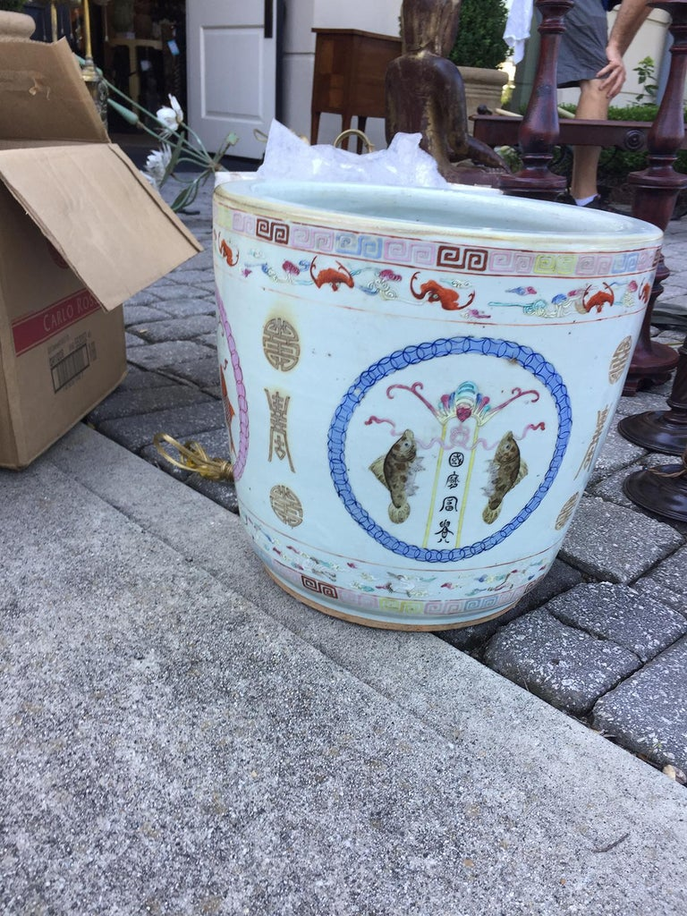 Large Chinese Porcelain Cachepot Planter, circa 1900 For Sale 1