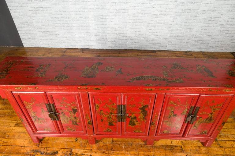 Large Chinese Shanxi Red Lacquered Sideboard with Gilded Chinoiseries Motifs For Sale 10