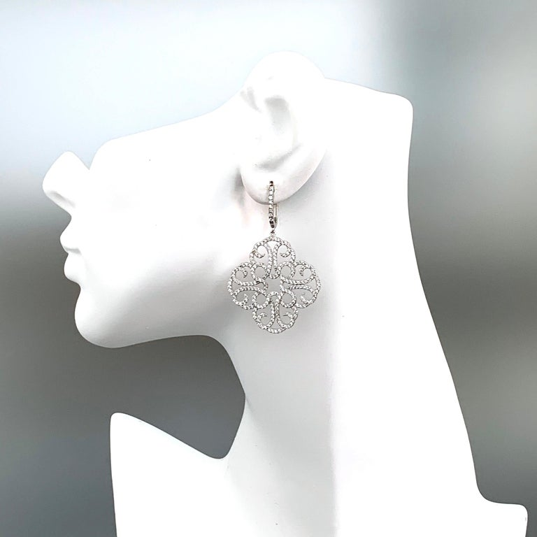Large Clover Faux Diamond Drop Sterling Silver Earrings In New Condition For Sale In Los Angeles, CA