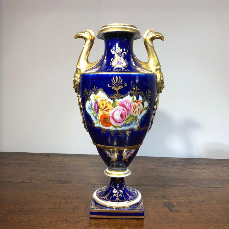 Large Coalport Vase, Birds Head Handles, Flowers and Scale Blue, circa 1805 In Fair Condition For Sale In Geelong, Victoria