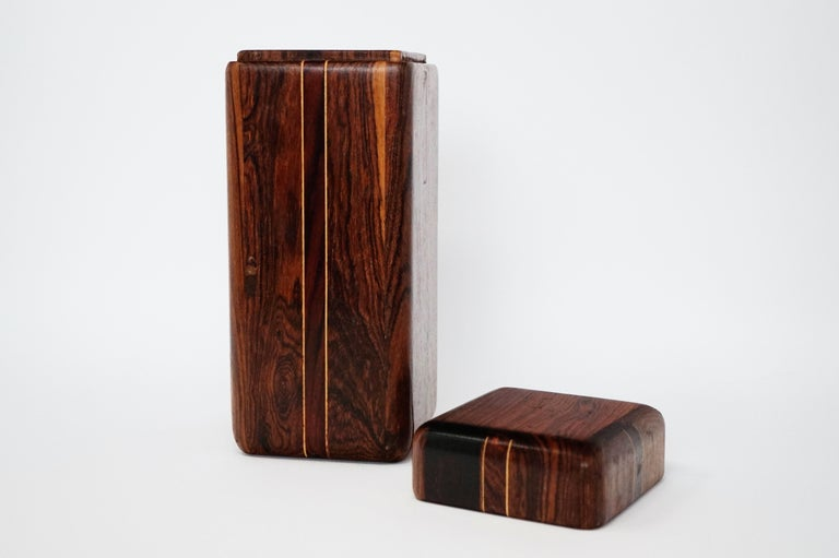 Mid-20th Century Large Cocobolo Rosewood Lidded Box by Don Shoemaker for Senal S.A., Signed For Sale