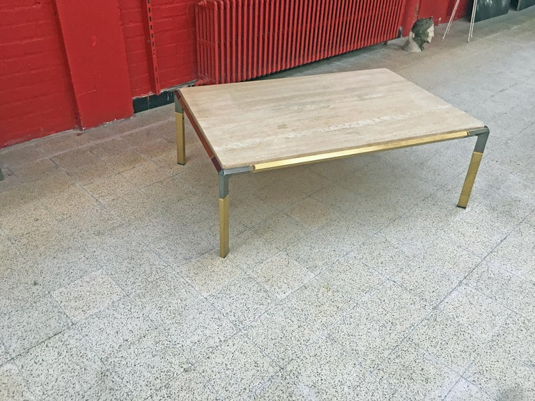 Large Coffee Table in Travertine and Brass, circa 1970 For Sale 4
