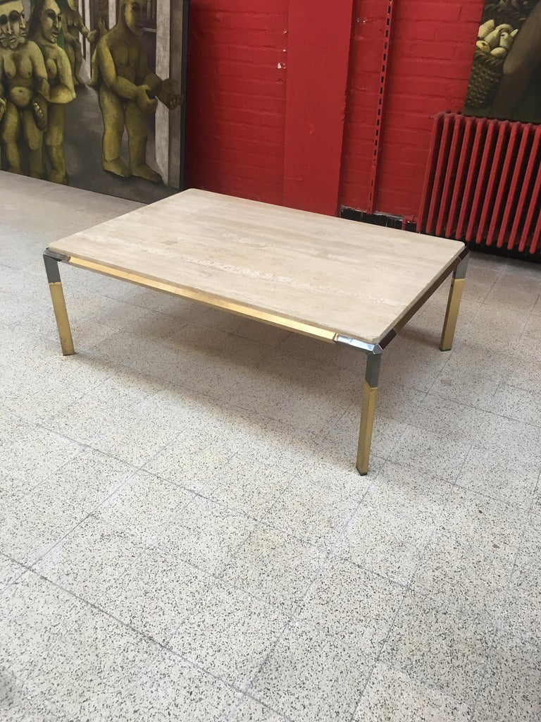 Large Coffee Table in Travertine and Brass, circa 1970 For Sale 1