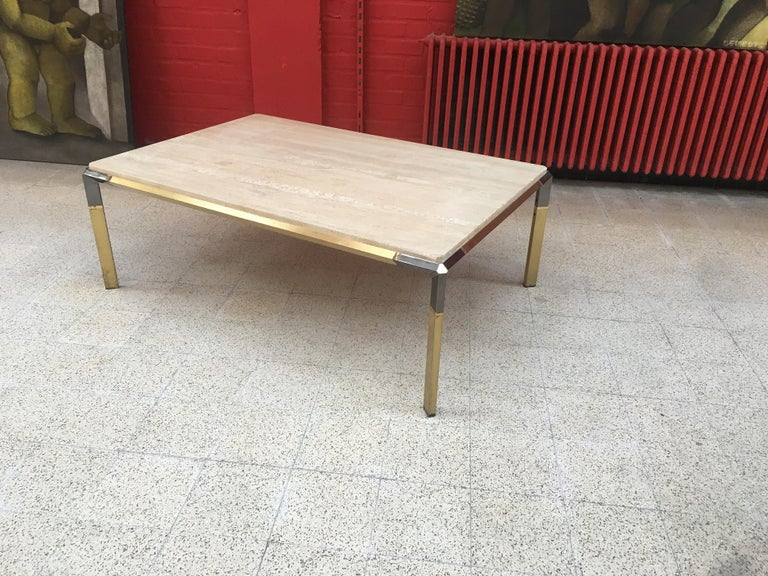 Large Coffee Table in Travertine and Brass, circa 1970 For Sale 3