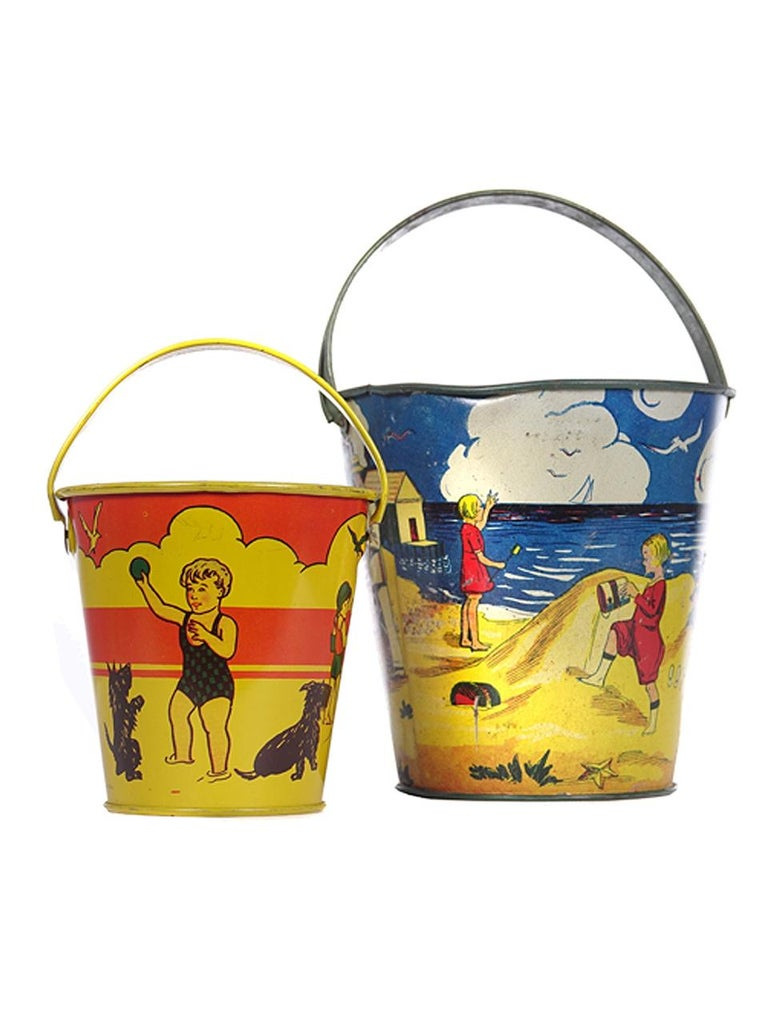 Large Collection of Antique Toy Pails In Good Condition For Sale In Peekskill, NY