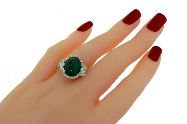 Brilliance Jewels, Miami Questions? Call Us Anytime! 786,482,8100  Metal: White Gold  Metal Purity: 18k  Stones: Colombian Emerald                    Round Brilliant Diamonds  Diamond Color: G - H  Diamond Clarity: