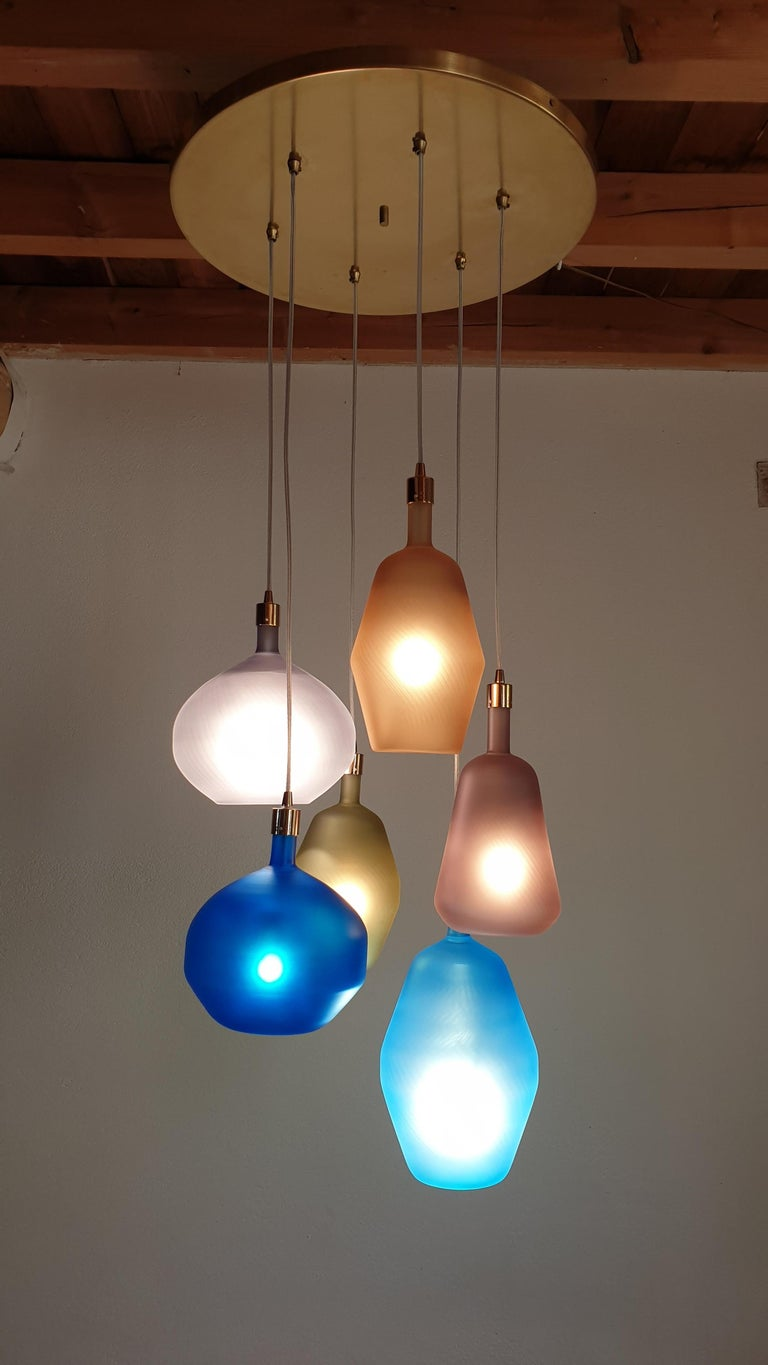 Frosted Large Colorful Murano Glass Mid-Century Modern Chandelier, Leucos Style, 1980s For Sale