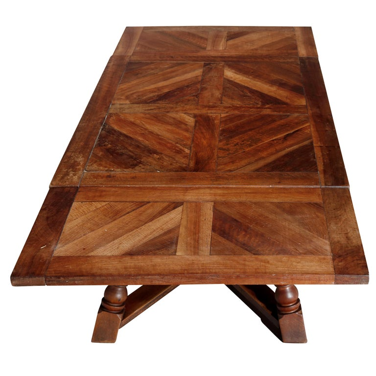 Large Continental Parquetry Inlaid Walnut Draw-Top Dining Table, circa 1900 For Sale