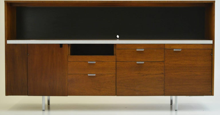 Mid-Century Modern Large Credenza Cabinet by George Nelson for Herman Miller For Sale