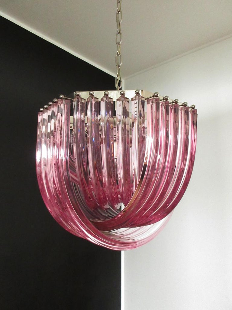 Large Curvati Chandelier, Pink Triedri, 20 Murano Glasses In Good Condition In Gaiarine Frazione Francenigo (TV), IT