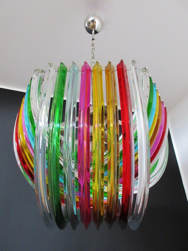 Mid-Century Modern Large Curvati Rainbow Chandelier, Multicolored Triedri, 24 Murano Glasses