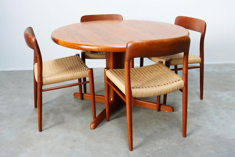 Large Danish Dining Room Set by Niels Otto Møller Teak & Papercord Model 75 1950 For Sale 11
