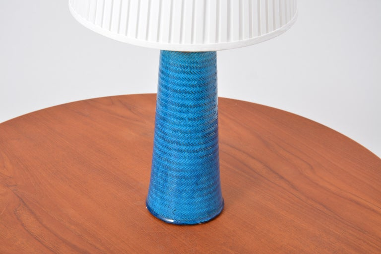 Large Turquoise Danish Mid-Century Modern Stoneware table lamp by Nils Kähler For Sale 1