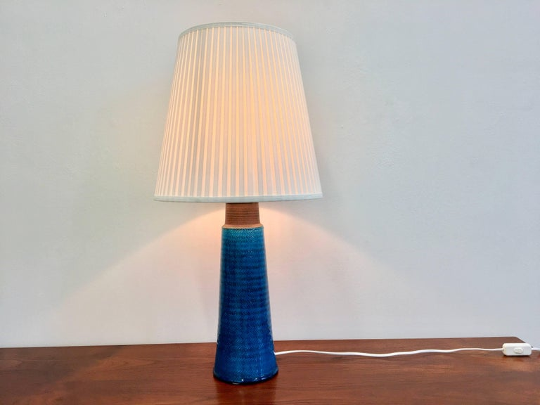 Large Turquoise Danish Mid-Century Modern Stoneware table lamp by Nils Kähler In Good Condition For Sale In Berlin, DE