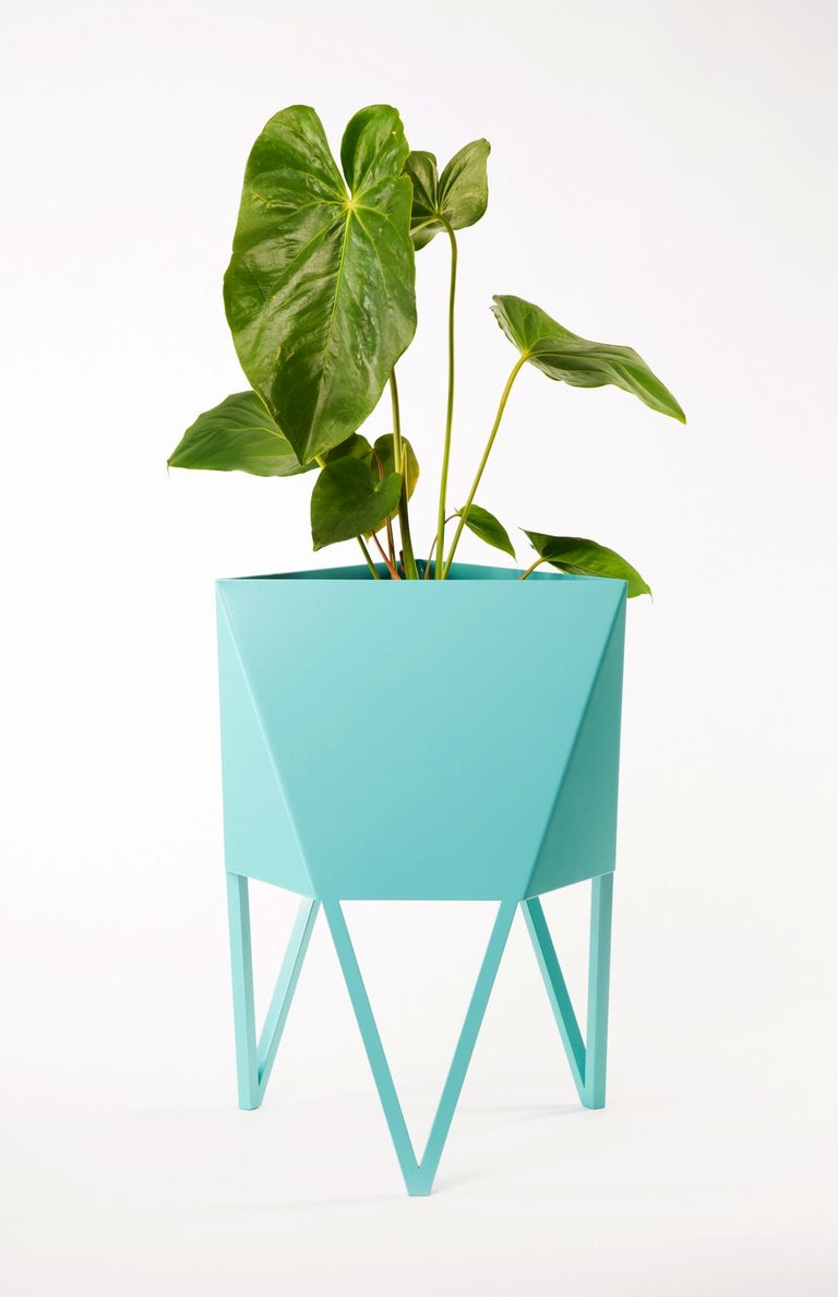 Large Deca Planter in Mint by Force/Collide, 2020 For Sale 9