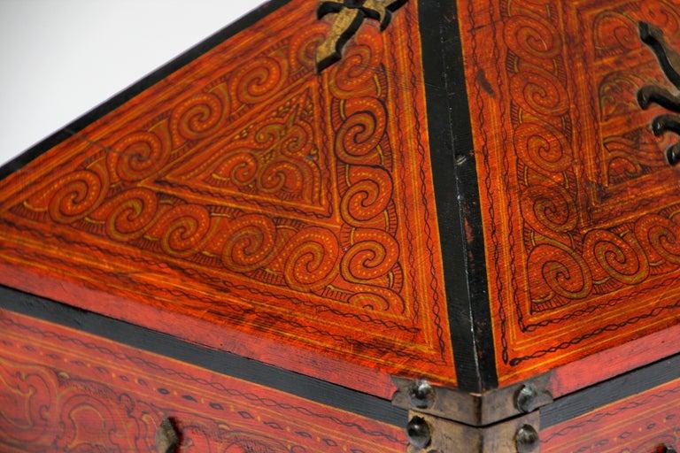 Large Decorative Jewelry Box with Brass, Kerala Nettur Petti For Sale 5