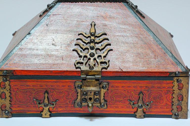 Large Decorative Jewelry Box with Brass, Kerala Nettur Petti For Sale 7