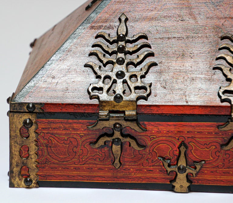 20th Century Large Decorative Jewelry Box with Brass, Kerala Nettur Petti For Sale