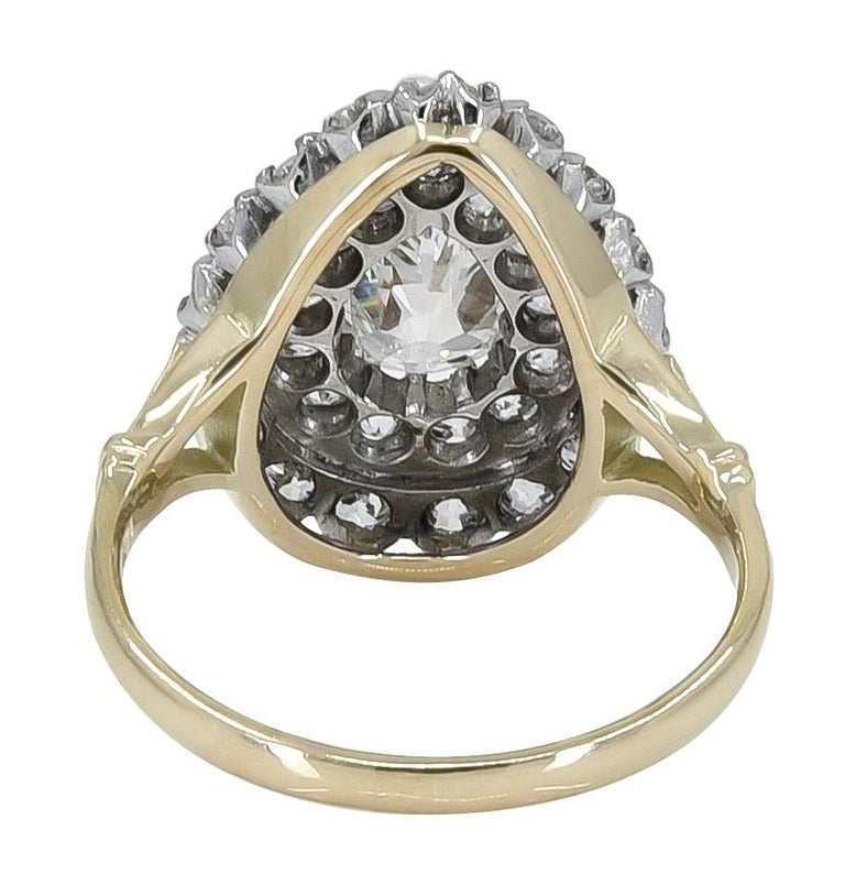 Large Diamond Gold and Platinum Ring In Excellent Condition For Sale In New York, NY
