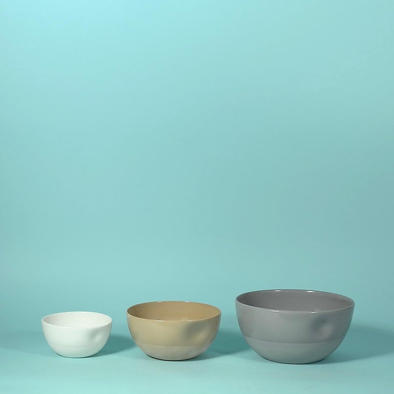 Modern Large Dimpled Porcelain Bowl in Matte Latté For Sale
