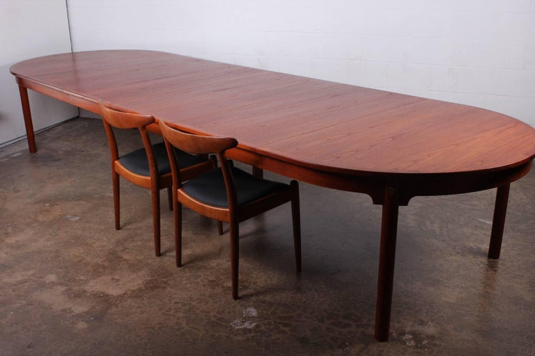 Large Dining Table by Hans Wegner for Johannes Hansen For Sale 6
