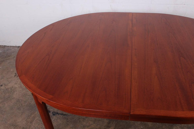 Large Dining Table by Hans Wegner for Johannes Hansen For Sale 2