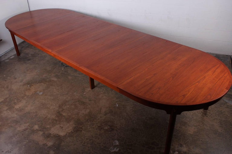 Large Dining Table by Hans Wegner for Johannes Hansen For Sale 5