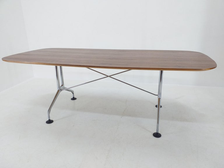 Large Dining Table Vitra Designed by Charles and Ray Eames, 1980s In Excellent Condition For Sale In Barcelona, ES