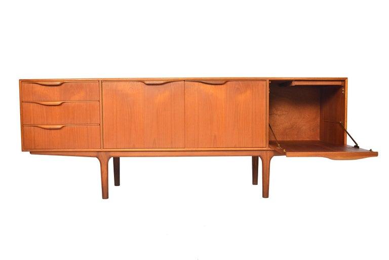 Mid-Century Modern Large Dunvegan McIntosh Credenza in Teak #2 For Sale