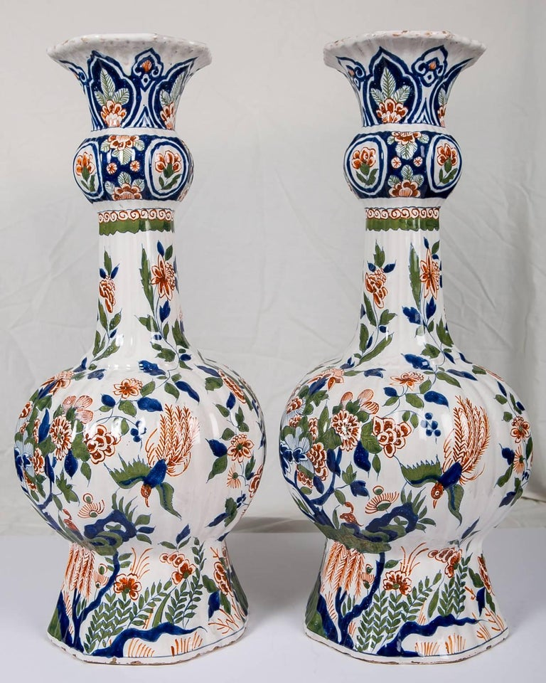 Large Dutch Delft Hand Painted Vases a Pair with Cashmere Palette In Excellent Condition For Sale In Katonah, NY